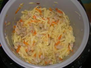 Добавили в лагман моркову, редьку и картошку