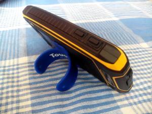 Смартфон на подставке